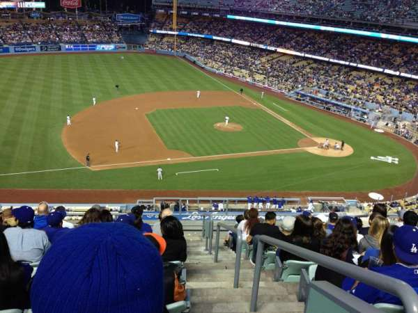 Dodger Stadium, secção: 23RS, fila: K, lugar: 1