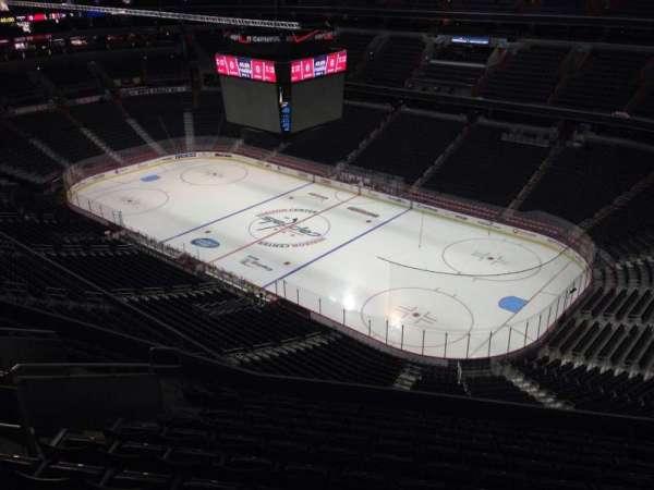 Capital One Arena, secção: 404, fila: M, lugar: 11
