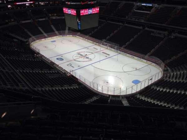 Capital One Arena, secção: 405, fila: M, lugar: 11