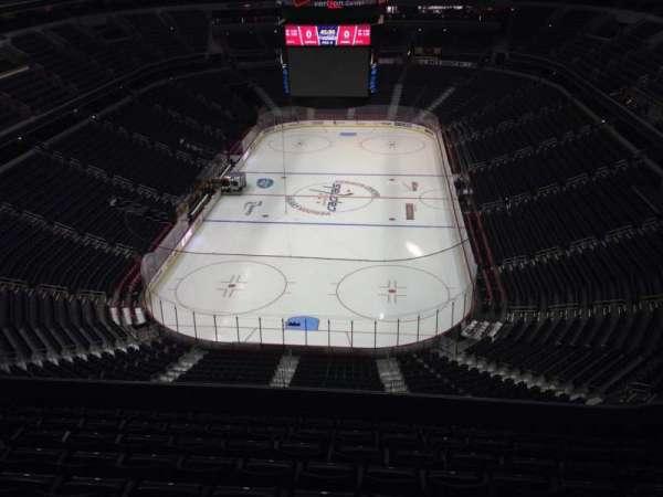 Capital One Arena, secção: 409, fila: J, lugar: 11