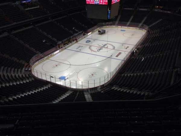 Capital One Arena, secção: 411, fila: J, lugar: 10