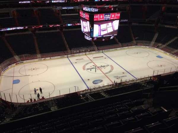 Capital One Arena, secção: 432, fila: J, lugar: 9