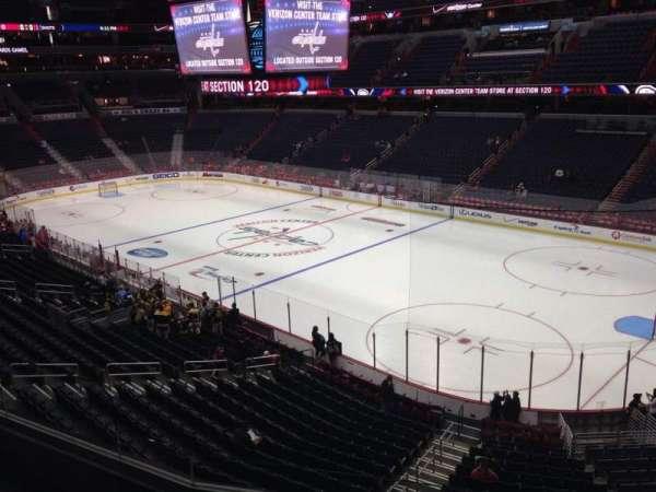 Capital One Arena, secção: 204, fila: D, lugar: 6