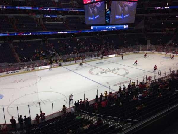 Capital One Arena, secção: 212, fila: D, lugar: 6