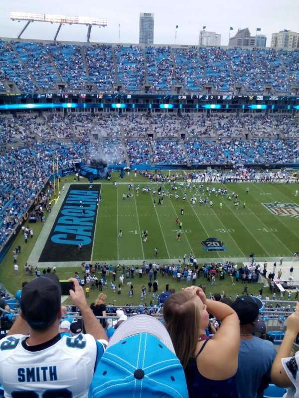 Bank of America Stadium, secção: 545, fila: 8, lugar: 10