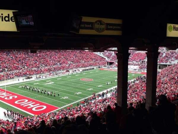Ohio Stadium, secção: 9B, fila: 11, lugar: 10