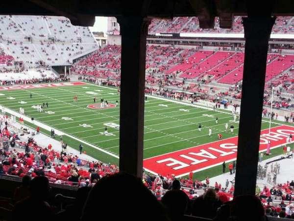 Ohio Stadium, secção: 8B, fila: 11, lugar: 22