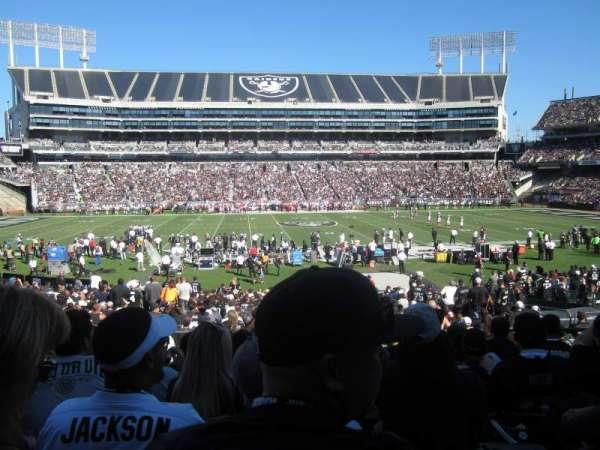 Oakland Coliseum, secção: 118, fila: 28, lugar: 12