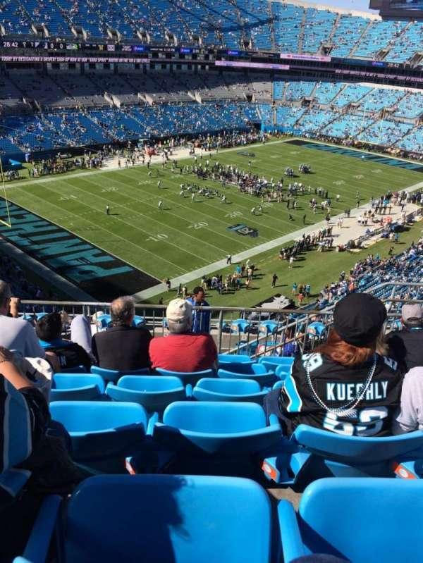 Bank of America Stadium, secção: 522, fila: 6, lugar: 9