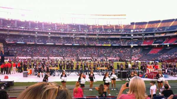 San Diego Stadium, secção: F35, fila: 9, lugar: 1