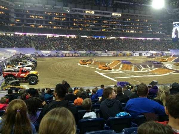 Ford Field, secção: 123, fila: 23, lugar: 5