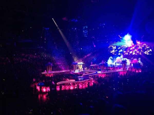 Scotiabank Arena, secção: 121, fila: 23, lugar: 15