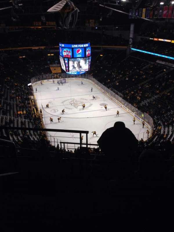 Bridgestone Arena, secção: 333, fila: N, lugar: 21
