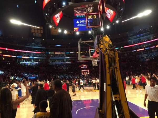 Staples Center, secção: 116, fila: A, lugar: 1