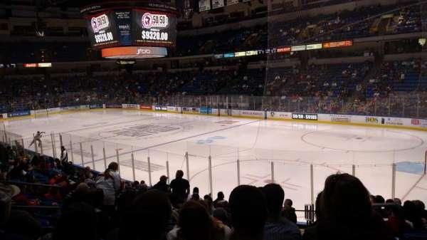 Mohegan Sun Arena at Casey Plaza, secção: 102, fila: Q, lugar: 2