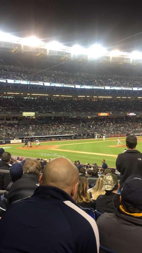 Yankee Stadium, secção: 114B, fila: 22, lugar: 9