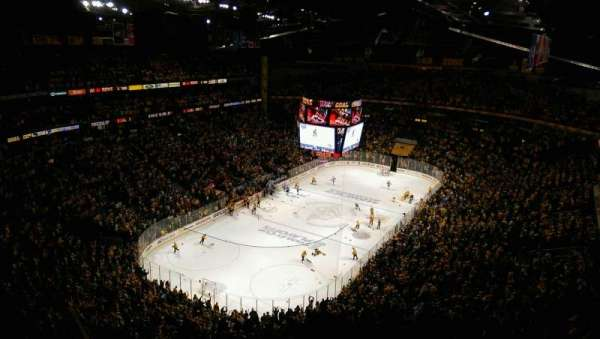 Bridgestone Arena, secção: 304, fila: P, lugar: 18