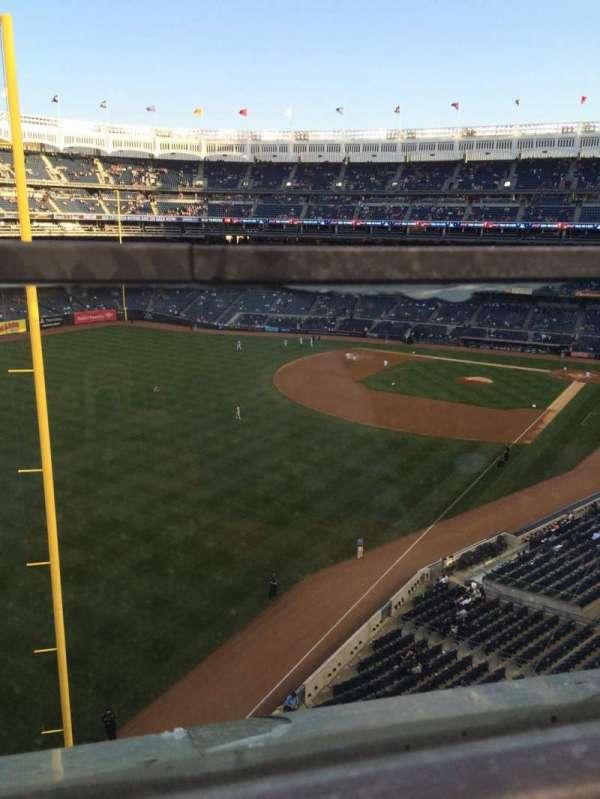 Yankee Stadium, secção: 332a, fila: 1, lugar: 9