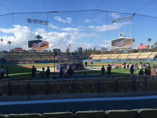 Dodger Stadium, secção: 2FD, fila: D, lugar: 5