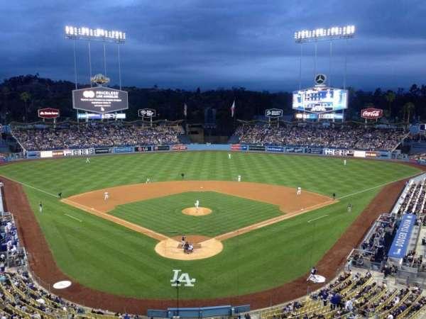 Dodger Stadium, secção: 1RS, fila: 1, lugar: 6