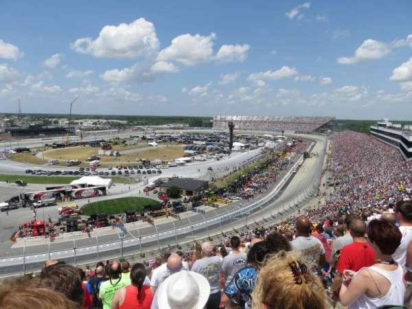 Dover International Speedway, secção: 123, fila: 58, lugar: 23