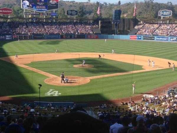 Dodger Stadium, secção: 106LG, fila: S, lugar: 4