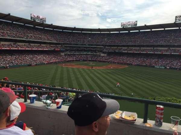 Angel Stadium, secção: P248, fila: b, lugar: 22