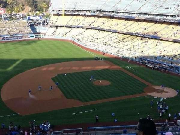 Dodger Stadium, secção: 23RS, fila: R, lugar: 7
