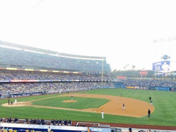 Dodger Stadium, secção: 138LG, fila: D, lugar: 3