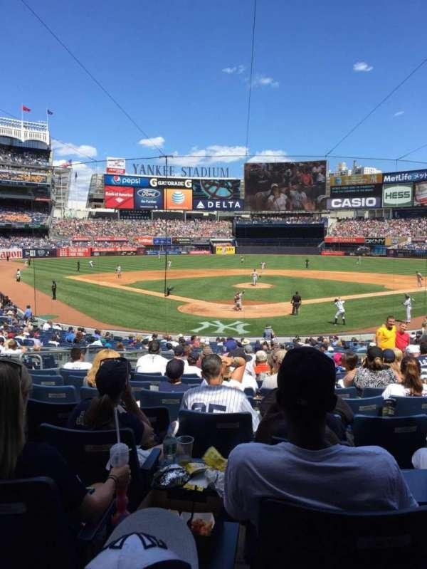 Yankee Stadium, secção: 120A, fila: 26, lugar: 6