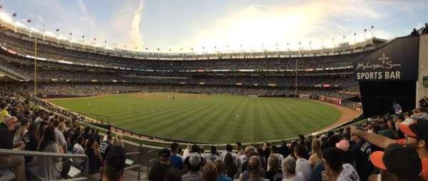 Yankee Stadium, secção: 203, fila: 8, lugar: 28