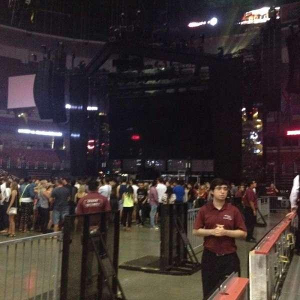 Honda Center, secção: 223, fila: 1, lugar: 6