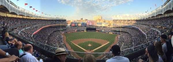 Yankee Stadium, secção: 420B, fila: 2, lugar: 15