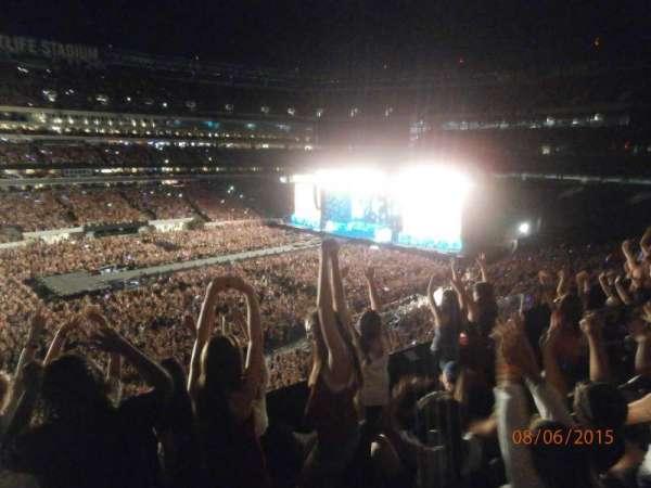 MetLife Stadium, secção: 217, fila: 4, lugar: 9
