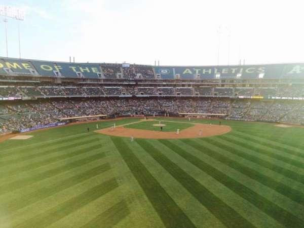 Oakland Coliseum, secção: 245, fila: 1, lugar: 15