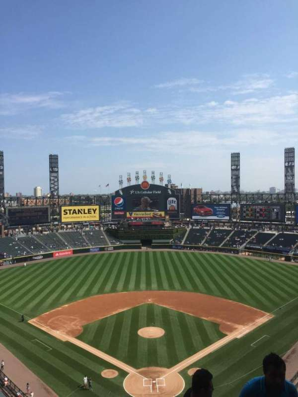 Guaranteed Rate Field, secção: 533, fila: 10, lugar: 2