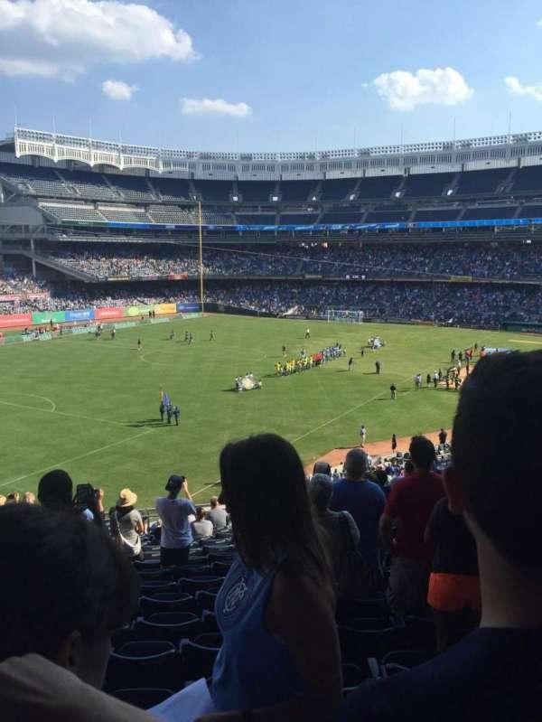 Yankee Stadium, secção: 231, fila: 16