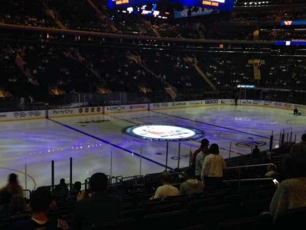 Madison Square Garden, secção: 105, fila: 18, lugar: 8-9