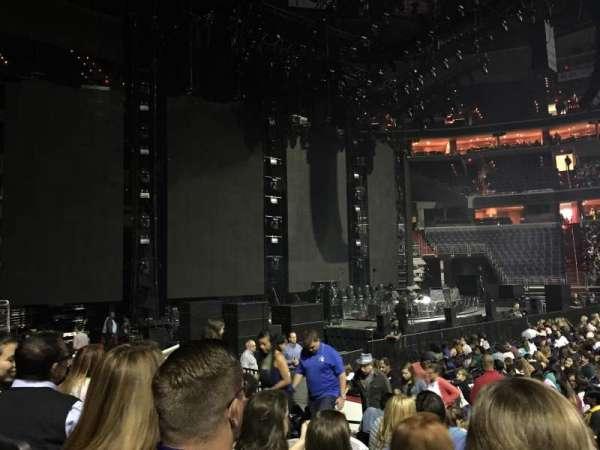 Capital One Arena, secção: 121, fila: H, lugar: 10