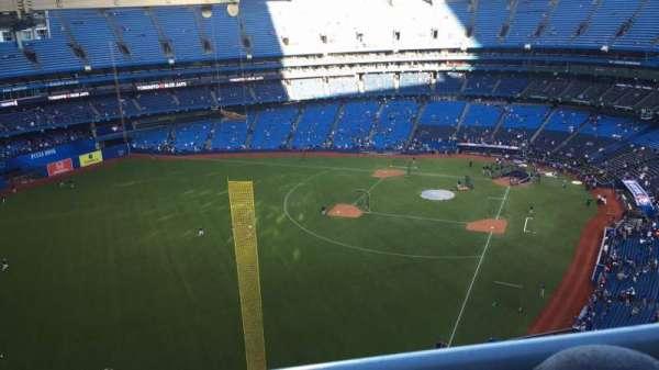Rogers Centre, secção: 539L, fila: 20, lugar: 108