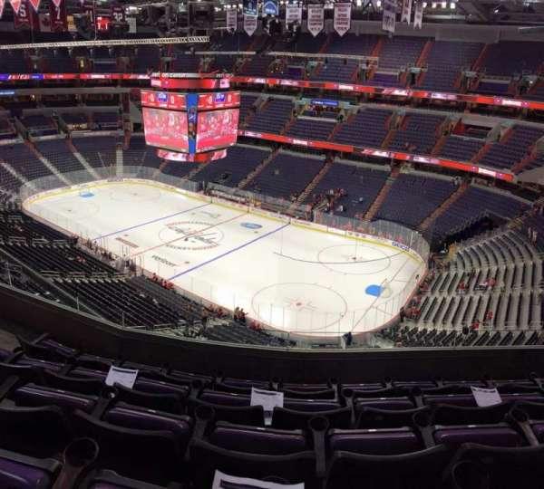 Capital One Arena, secção: 421, fila: E, lugar: 7