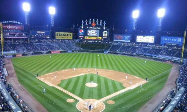 Guaranteed Rate Field, secção: 531, fila: 2, lugar: 8