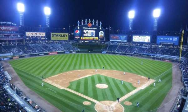 Guaranteed Rate Field, secção: 533, fila: 2, lugar: 8