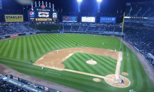 Guaranteed Rate Field, secção: 536, fila: 1, lugar: 1