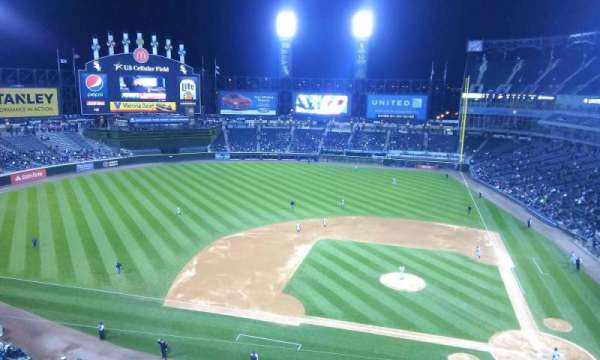 Guaranteed Rate Field, secção: 537, fila: 2, lugar: 16