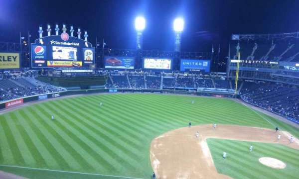 Guaranteed Rate Field, secção: 540, fila: 1, lugar: 2