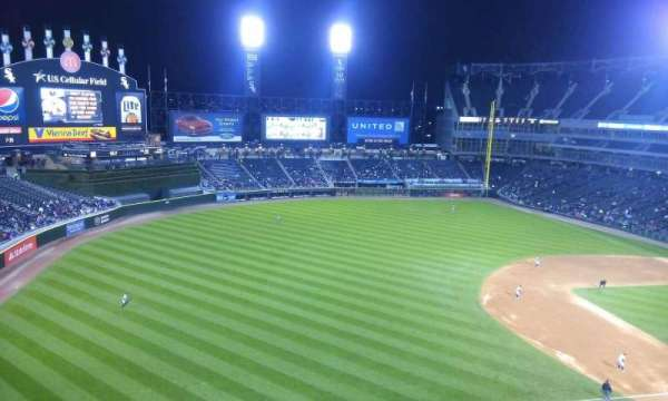 Guaranteed Rate Field, secção: 546, fila: 1, lugar: 1