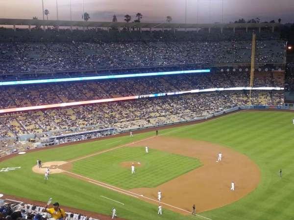 Dodger Stadium, secção: 30RS, fila: AA, lugar: 5