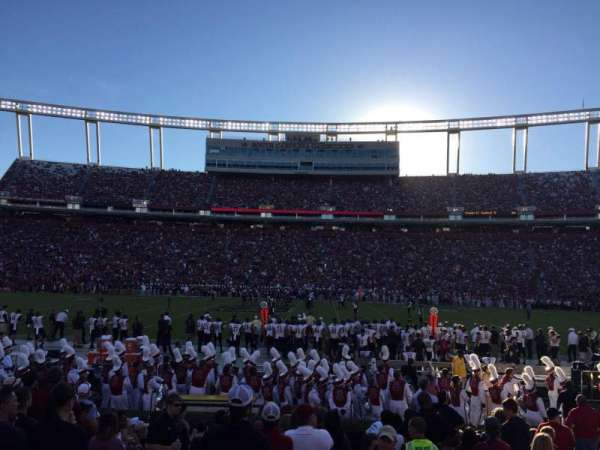 Williams-Brice Stadium, secção: 21, fila: 11, lugar: 1