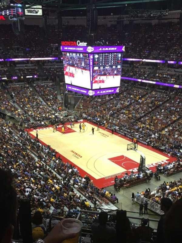 Honda Center, secção: 427, fila: K, lugar: 5